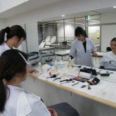 宇和島美容学校:メイク授業