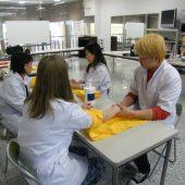 宇和島美容学校:ブログ:ハンドマッサージ
