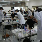 宇和島美容学校:国家試験に向けて