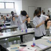 宇和島美容学校:通信生も頑張っています!